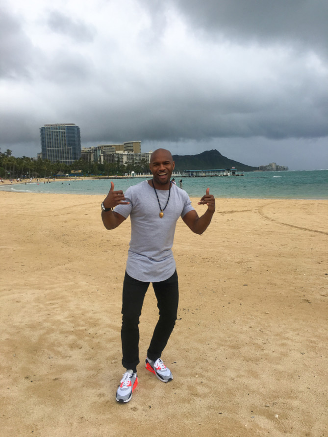 World Wide Nate on Waikiki Beach Oahu
